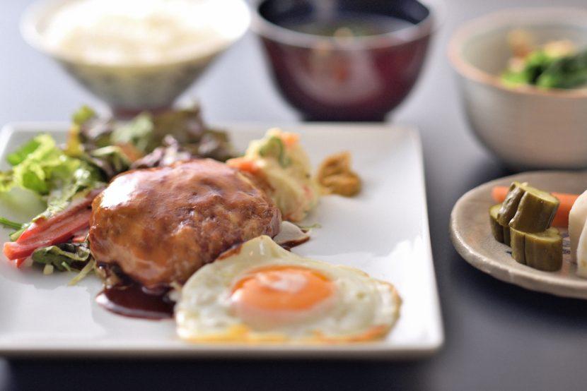 チーズハンバーグステーキ定食ー和食竹田
